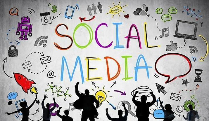 Social Media 2887