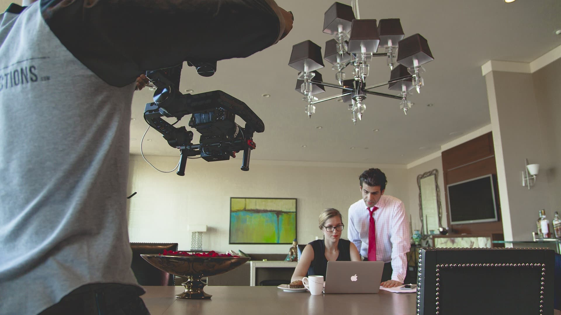 social-video-marketing_camera_eclincher