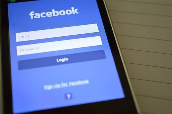 facebook log-in on phone