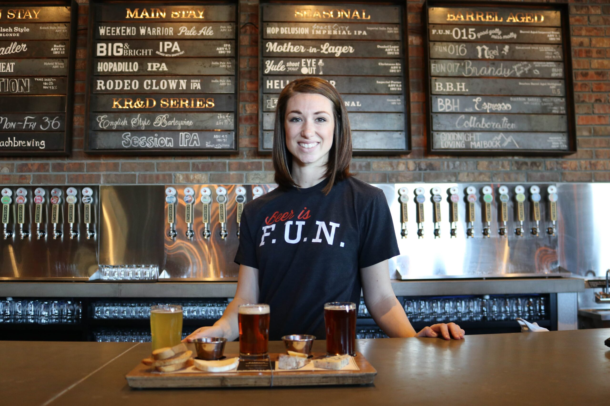 bartender-with-tray-of-food