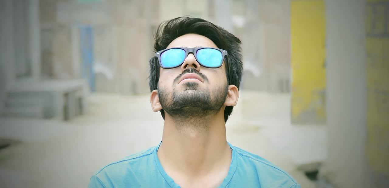 man-wearing-sunglasses