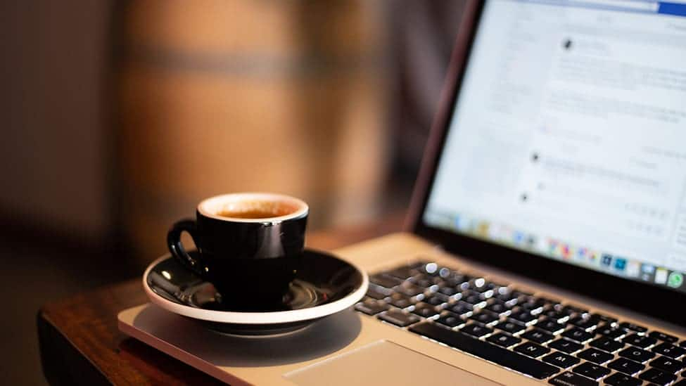 coffee-and-facebook